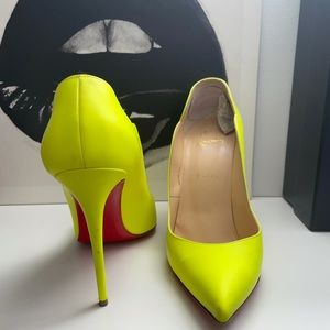 Louboutin Hot Chick Heels 38.5
